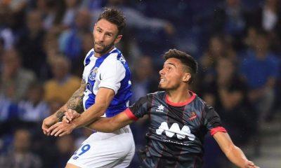 Layún foi titular na equipa do FC Porto