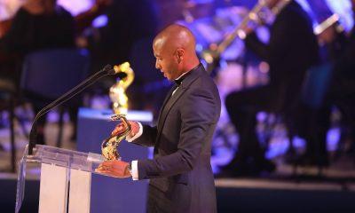 Brahimi recebeu o prémio 'Futebolista do Ano'