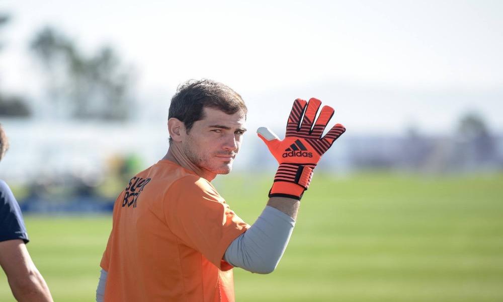 Iker Casillas faz alusão a fotos da Catalunha