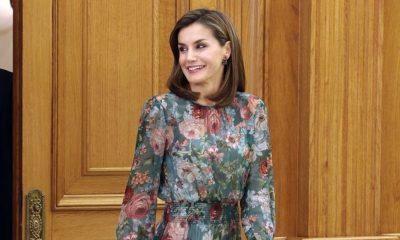 Rainha Letizia usa vestido de 50 euros