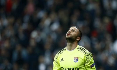 Anthony Lopes, jogador do Everton