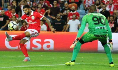 Gabriel Barbosa marcou o golo do Benfica