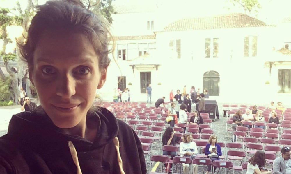 Luísa Sobral na preparação de um concerto