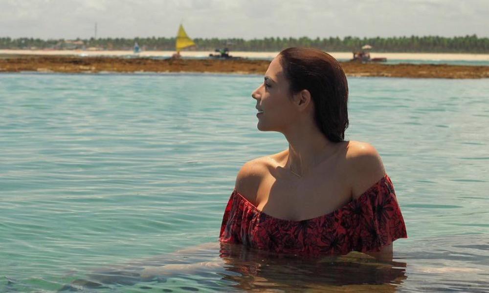 Olívia Ortiz nas piscinas naturais de Porto de Galinhas