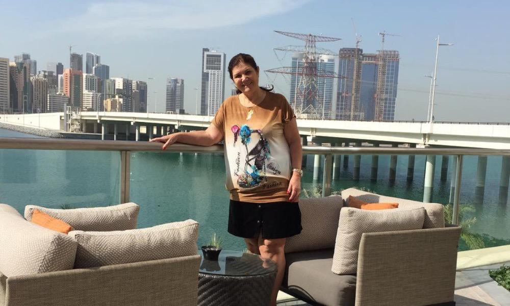 Dolores Aveiro no Dubai