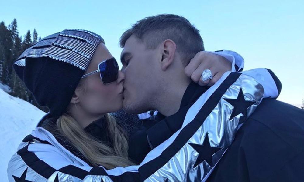 Paris Hilton com o noivo