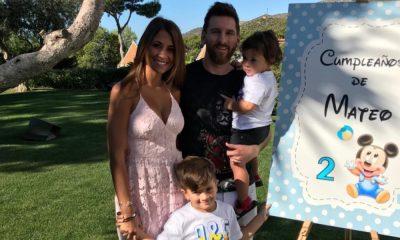 Messi com a mulher e os filhos