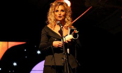 Cristina Ferreira recebe o prémio Arco-Íris pela revista Cristina
