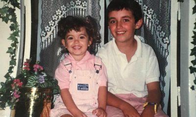Sara Barradas com o tio durante os anos 90