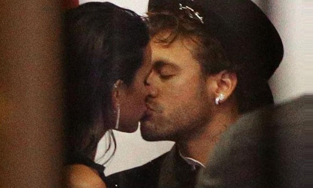 Neymar com Bruna Marquezine na sua festa de aniversário