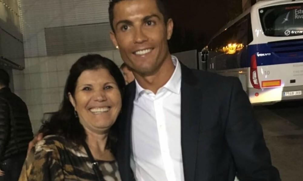 Dolores Aveiro com o filho Cristiano Ronaldo