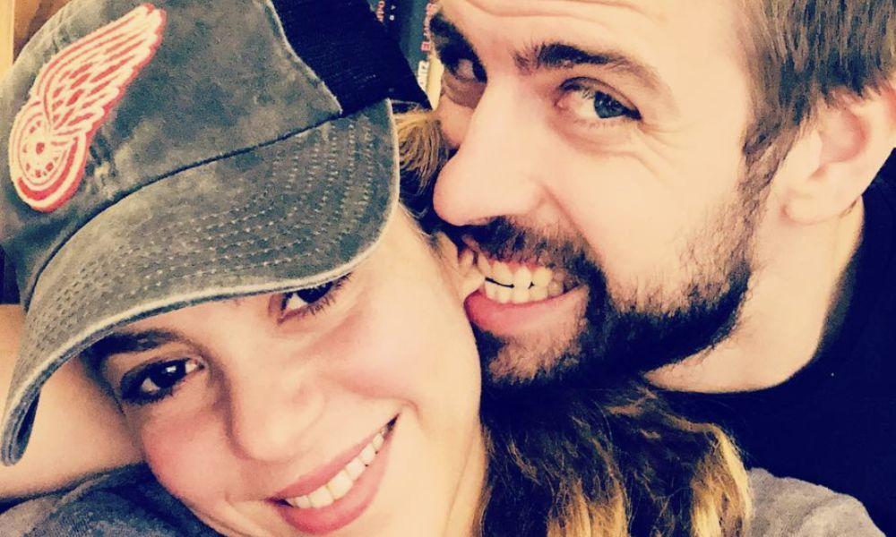 Gerard Piqué e Shakira estão juntos e apaixonados