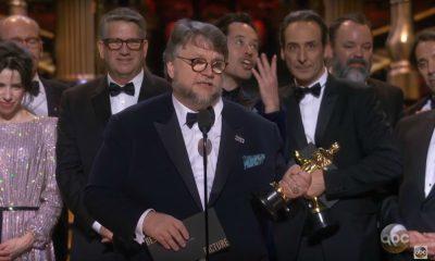 Guillermo del Toro aceito o Óscar de Melhor Filme