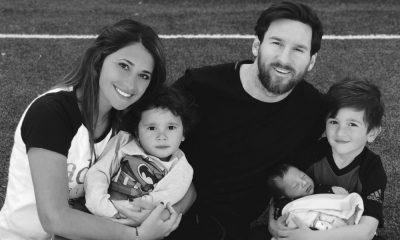 Messi com a mulher e os três filhos