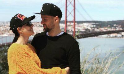 Seferovic com a namorada em Almada