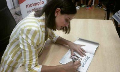 Mariana Monteiro no lançamento do novo livro