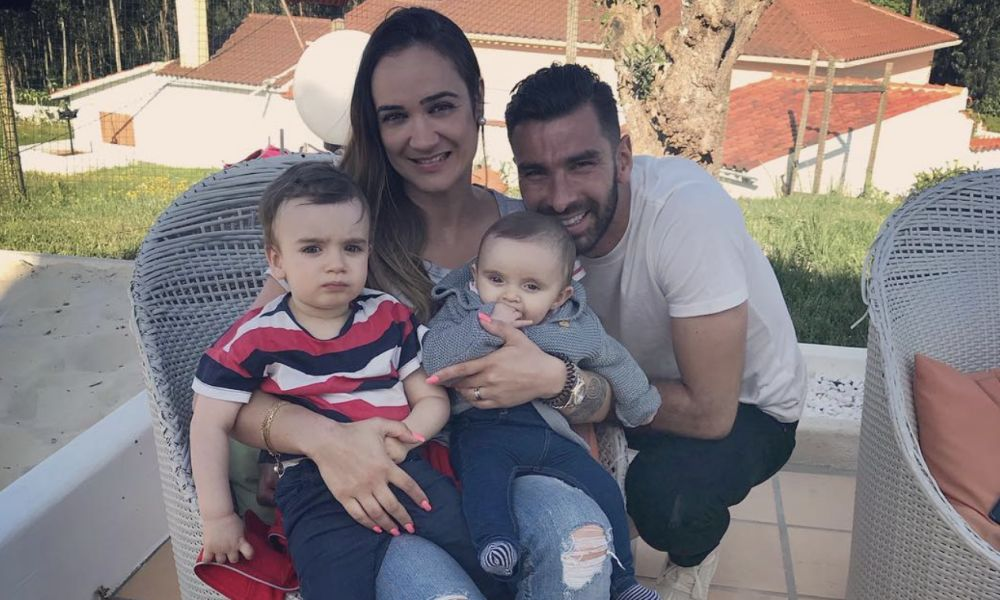 Rui Patrício com a mulher e os filhos
