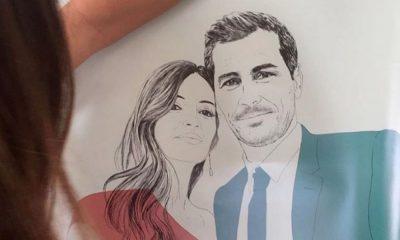 Iker Casillas e Sara Carbonero num retrato feito pela empresa The Red Wolf