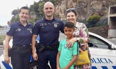 Dolores Aveiro e Cristianinho com os agentes da PSP