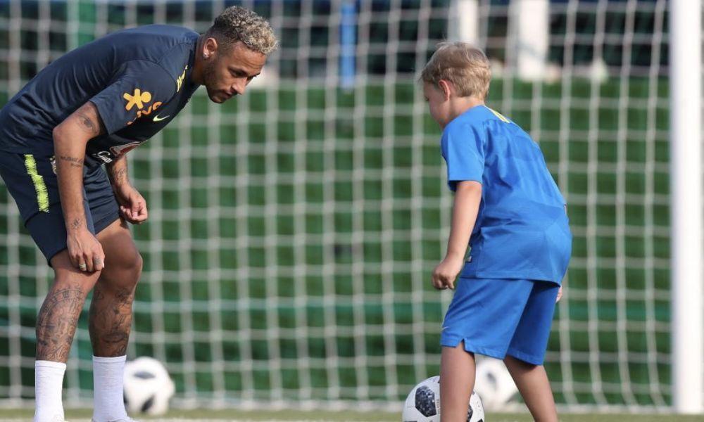 Neymar com o filho David Lucca