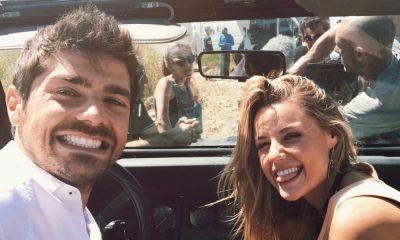 """Lourenço Ortigão e Kelly Bailey na gravação das últimas cenas para a novela """"A herdeira"""""""