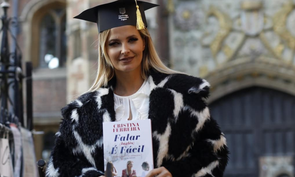 """Cristina Ferreira edita novo livro """"Falar (Inglês) É Fácil"""""""